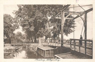 PBK-9826 Gezicht op Tivolibrug op Straatweg (v.h. Bergweg) bij Zomerlust, uit het zuiden.