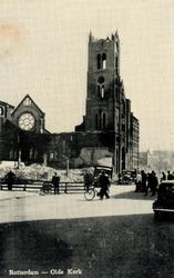 PBK-9997 Gezicht op de door het Duitse bombardement van 14 mei 1940 getroffen panden en de rooms katholieke Oldekerk ( ...