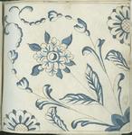1976-3195-89 Tegelvoorbeeld met tekeningen uit het modellenboekje voor tegels: bloemen oprijzend uit hoek. Diagonaal ...