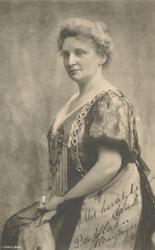 P-004969 Portret van Pauline de Haan-Manifarges, zangeres. Ridder in de Orde van Oranje Nassau.