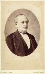P-005337 Portret van mr. Nicolaas Jan Agatho Christiaan Arinus Hoffman, wethouder.