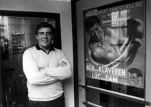 P-020866 Portret van bokser Dries Sloof