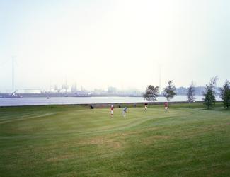 2012-43 Golfterrein langs de Nieuwe Waterweg ter hoogte van Hoek van Holland. De foto is gemaakt in opdracht van De ...