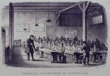 1969-436 Gezicht in het schoollokaaal van de Jeugdgevangenis.