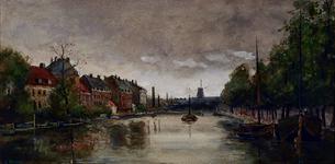 1973-4319 Gezicht op de Schiedamsesingel en Schiedamse Vest, vanuit het noorden. Op de achtergrond molen De Arend.