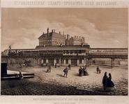 1973-4412 Het stationsgebouw op de Beursbrug (van de Zuid Blaak gezien) .