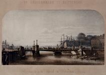 1973-4415,-4416 De Koningsbrug te Rotterdam. Vervaardigd in de Fabriek de Prins van Oranje. Gezicht op de De ...