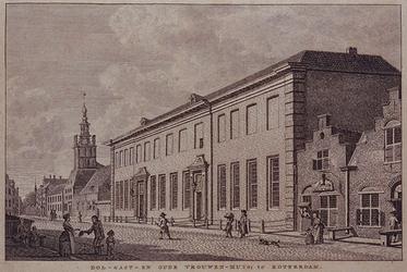 1973-4458 Hoogstraat, gezien uit oostelijke richting met het Oude Vrouwenhuis.