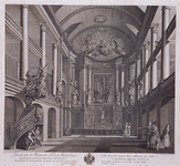 1973-4558 Interieur Roomse kerk aan de Leeuwenstraat.