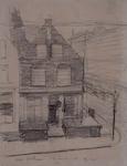 1973-586 Gezicht op een huis aan de Schiedamsedijk 226, hoek van de Wijde Nieuwsteeg, gezien uit het westen.