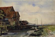 1980-485 Houten huis aan de kreek op de noordelijke oever van het eiland Rozenburg. Op de achtergrond rechts de ...