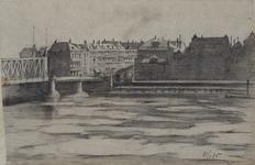 1981-1191 Gezicht op de toegang van de Willemsbrug bij de Van der Takstraat uit noordelijke richting. Uit een huis aan ...