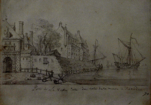 1988-285 Deel Oude Hoofdpoort met vestingwal, daarachter huizen aan het Haringvliet.