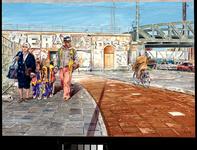 1994-1234 Wandelende mensen voor het spoorwegviaduct van de spoorbaan Rotterdam - Dordrecht, dat in verband met de ...