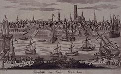 III-47 Gezicht op de stad Rotterdam over de Nieuwe Maas. Links het Nieuwe Werk en de mond van de Leuvehaven, in ...