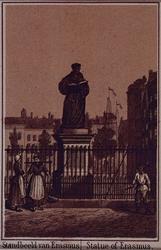 IV-15-12 Het standbeeld van Erasmus aan de Grotemarkt.