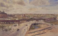 IX-1332-01 Overzicht van het Hofplein en omgeving. Op de voorgrond de gedempte Rotte, de Lange brug en het ...
