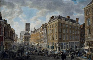 IX-1503 Gezicht op de Kaasmarkt voor het stadhuis uit het oosten.