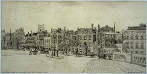 IX-568-01 Gezicht op de Coolsingel vanaf de brug van het Hofplein bij de Diergaardelaan, uit het noordoosten. Rechts ...