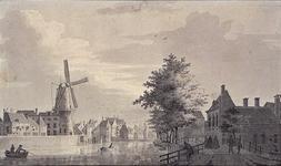 RI-213 Op de Cingel, met zicht op de Delftse Poort en het Hofpoortje.
