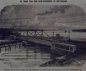 RI-453 Gezicht, op de brug van de Rijn Spoorweg, met het Boerengat op de voorgrond en de Maas op de achtergrond.