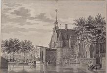 RI-498 Gezicht op de Delftse Poort aan de Coolsingel, uit het westen.