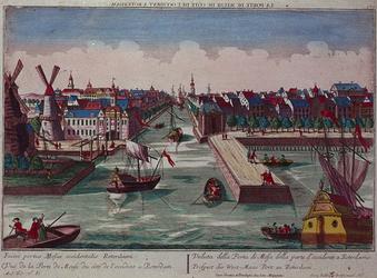 VII-238 Gezicht op de Maas in het midden Leuvehaven, met links twee molens aan de toegang tot de Zalmhaven en rechts ...