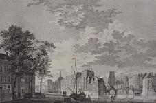 VII-393 De Oudehaven met de Kleine Draaibrug, de Beurs en de Geldersekade.