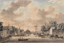 VII-404 Oudehaven, gezien uit noordlijke richting. Links de Spaansekade, in het midden de Ooster Oudehoofdpoort en ...