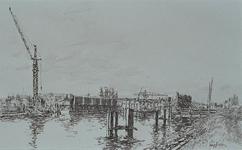 VIII-15-08-12-31 De Delfshavense Schie met in aanbouw zijnde brug in Rijksweg 20, gezien uit zuidoostelijke richting.