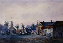 XI-25 Marinierskazerne uit het noorden. Op de achtergrond het Stadstimmerhuis en de molen De Roode Leeuw .