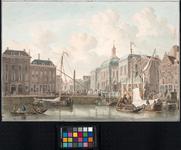 XIV-13 Van links naar rechts zijn afgebeeld: aan de Kleine Draaisteeg een groot woonhuis en het Franse Koffiehuis, ...