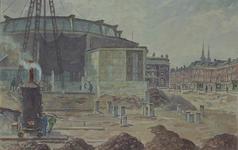 XIV-52-17 Het Bouwcentrum met op de voorgrond de bouwput voor de uitbreiding. Aan het Weena.