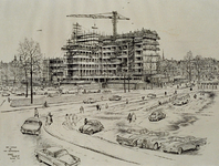XXIV-51-02-04 Het Schouwburgplein met het gebouw van de Algemeen Maatschappij voor Jongeren, A.M.V.J., en Rijnhotel in ...
