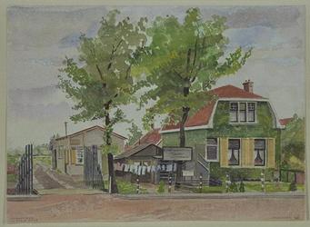 XXV-245-45 Gezicht op een huis aan de 's-Gravenweg tegenover de Essenlaan, bij de Kortekade, uit het zuiden.