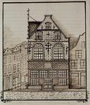 XXV-251-1 De voorgevel van het huis In Duizend Vreezen op de hoek van de Grotemarkt en het Hang.