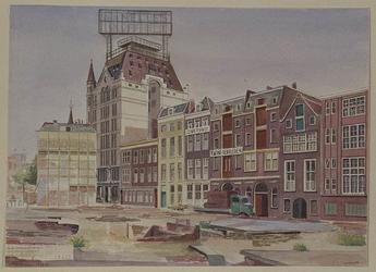 XXV-780-05 Wijnstraat, van vernieling door oorlogshandelingen in mei 1940 gespaard gebleven huizen, uit het noordwesten.