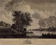 XXXI-304 Gezicht op de Nieuwe Maas met rechts IJsselmonde en links de Schaardijk. Op de voorgrond een vrouw die in het ...