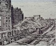 XXXIII-720-01 1947Aanleg van het collecteurriool langs de Hartmanstraat, uit het zuiden. Op de achtergrond de ...