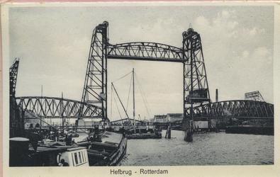 PBK-10491 Serie van zeven prentbriefkaarten in een omslag getiteld Souvenir van Rotterdam, als leporello aaneen.-1 ...