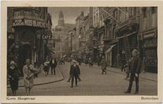 PBK-10532 Korte Hoogstraat uit zuidelijke richting. Op de voorgrond de Boijmansstraat met de sigarenwinkel van Weinthal ...
