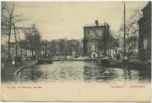 PBK-10584 Delftse Poort met op de voorgrond de Coolsingel, rechts de Coolvest.