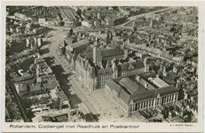 PBK-10636 Luchtopname van het stadhuis en het postkantoor aan de Coolsingel en omgeving.