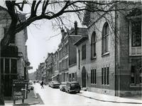 1970-1080 De Waterloostraat, gezien vanaf de Oudedijk.