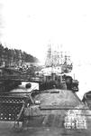 1970-205 De Boompjes met schepen aan de kade.