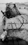 1970-2544 Havenverwoestingen in de Maashaven veroorzaakt door de Duitse Wehrmacht. Vernielde havenkranen en kademuren ...