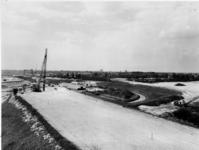 1971-1940 De Rijksweg 20 vanuit een uitkijkpost gezien.