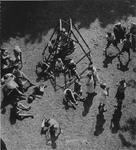1974-1300-TM-1302 Kralingse speeltuin aan de Honingerdijk.Afgebeeld van boven naar beneden:-1: op grind spelende ...