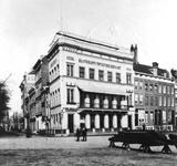 1976-362 Het sociëteitsgebouw van de Maatschappij tot Nut der Zeevaart en de Rotterdamse Telegraaf Maatschappij op de ...