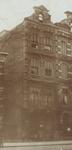 1977-2530 Woonhuis aan de Nieuwe Binnenweg, tegenover de Saftlevenstraat.